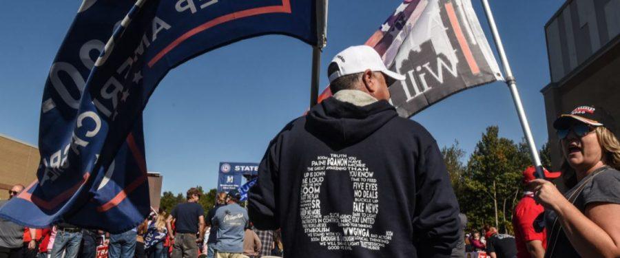 A QAnon-hívők kezdik törvényen kívülinek tekinteni magukat, most március 4-re várják Trump beiktatását