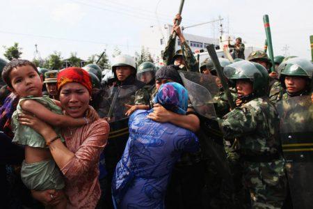 Kínai kommunista propaganda és a keresztényüldözés elleni államtitkárság PR műsora a Spirit FM-en